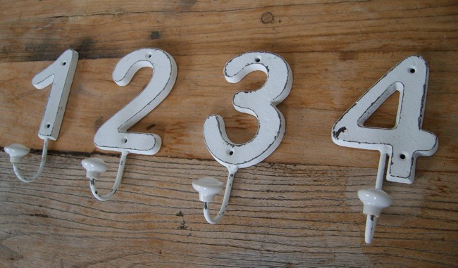 set 4 st ck wandhaken handtuchhaken numeriert gusseisen. Black Bedroom Furniture Sets. Home Design Ideas