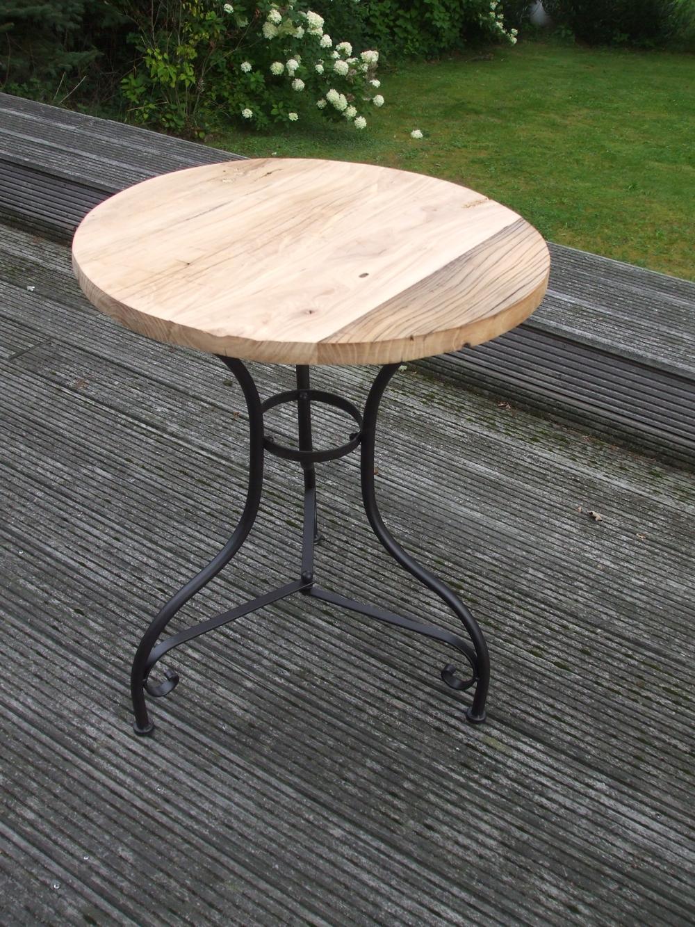 Eisentisch beistelltisch ablagetisch holzplatte massiv for Beistelltisch 75 cm