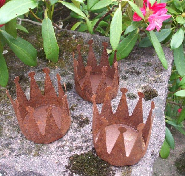 Deko kronen 3er set windlicht gartendeko pflanztopf for Gartendeko gusseisen rostig