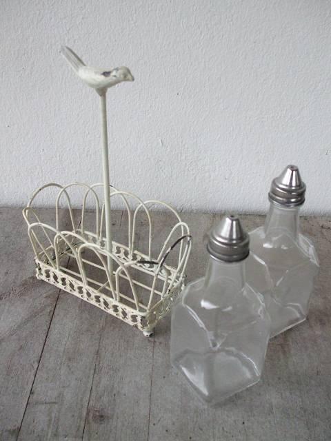 mediterraner essig l flaschen halter eisen wei shabby landhausstil ebay. Black Bedroom Furniture Sets. Home Design Ideas